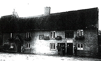 The Queen's Head about 1925 [WL800/4]